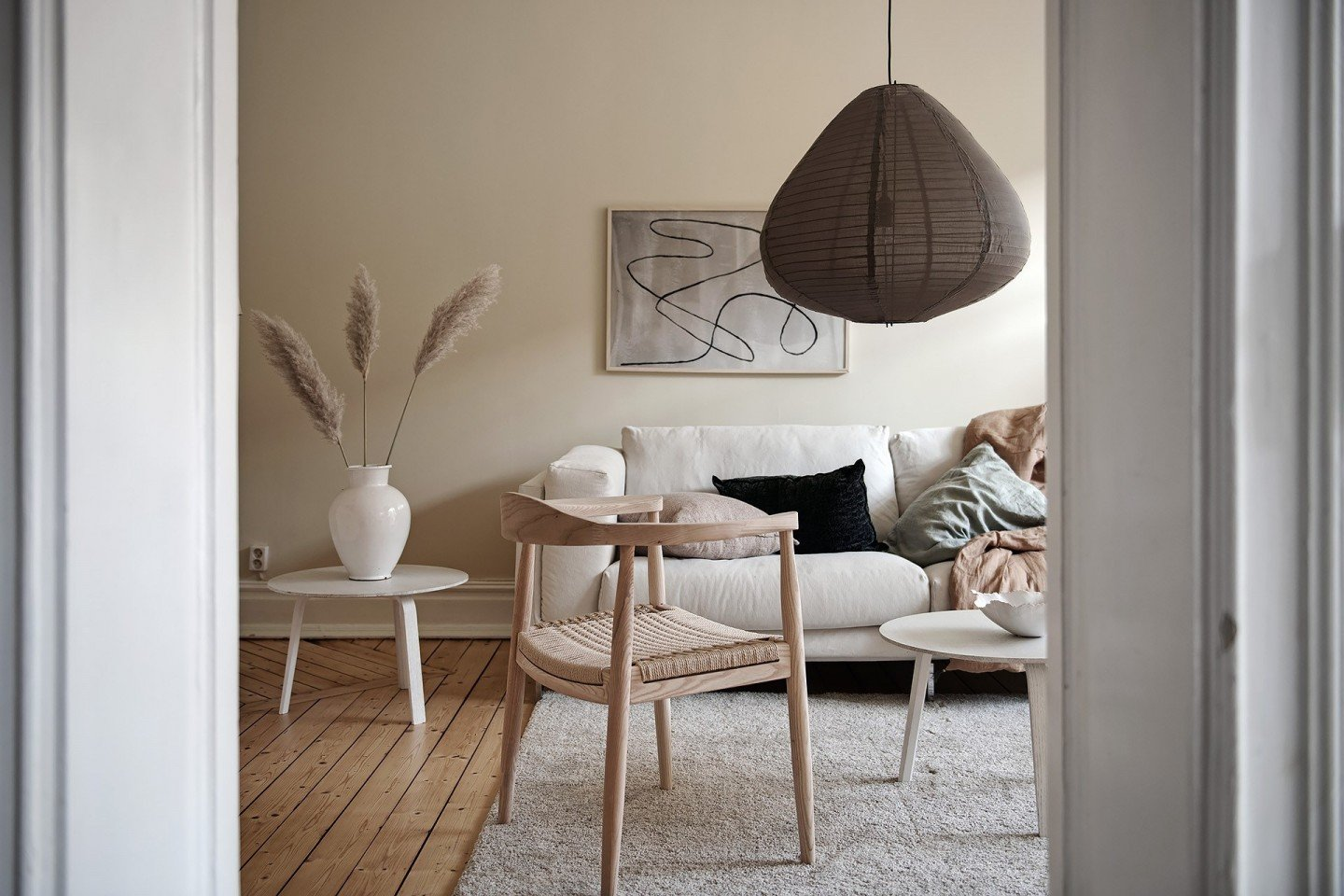 Beige is back in interior design - SampleBoard